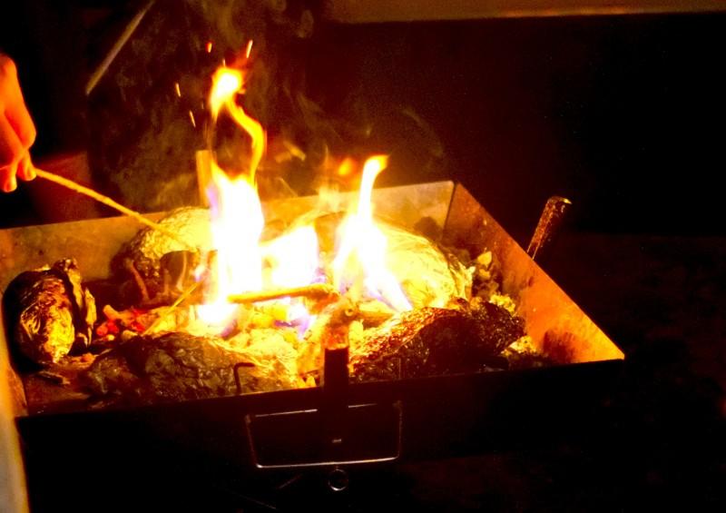 ファイアグリル|ユニフレームで焚き火