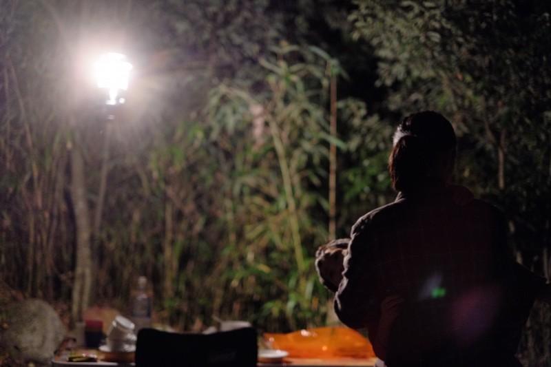 キャンプ|自然の中で眠る
