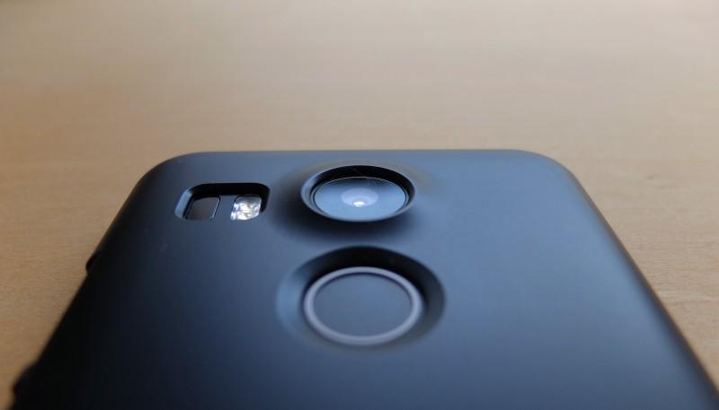 Nexus5x|レンズ保護