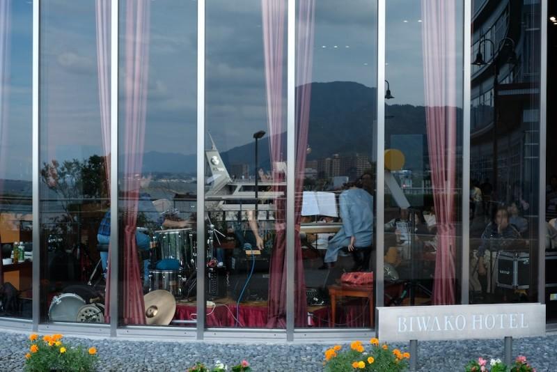 琵琶湖ホテルのバー