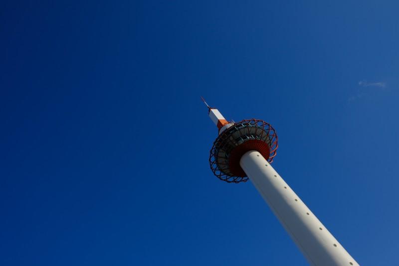XF23mm F2 WRで撮影した京都タワー