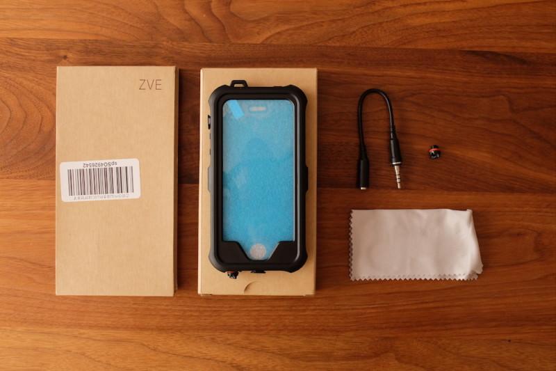 iPhone5s/SE用耐衝撃・防水・防塵ケース(ZVE)|同梱物
