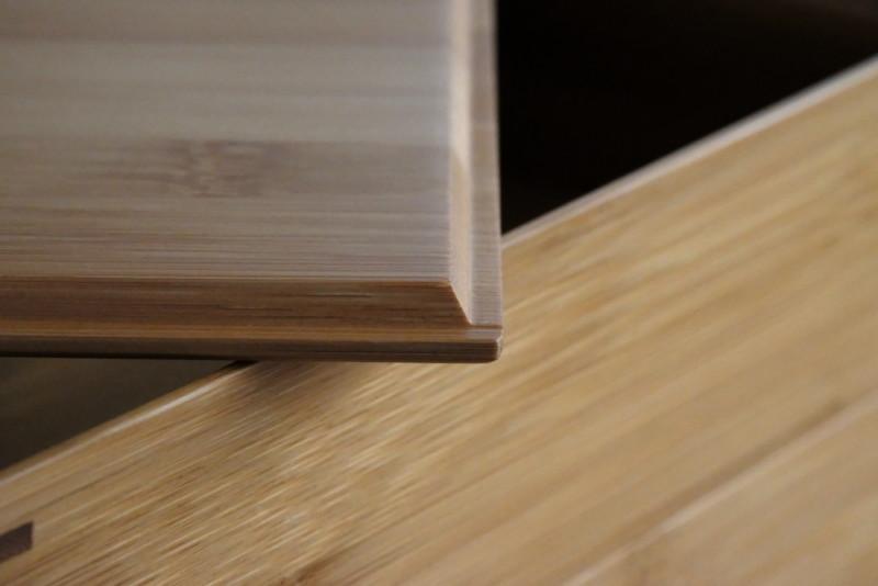 【天然竹製】七寸三段重(みよし漆器本舗)|フタの面取り