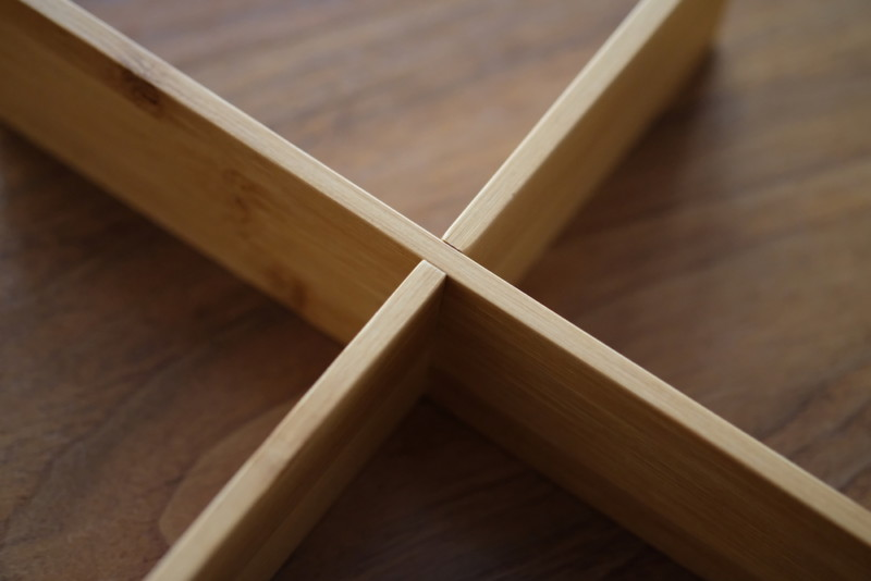 【天然竹製】七寸三段重(みよし漆器本舗)|十字の仕切り