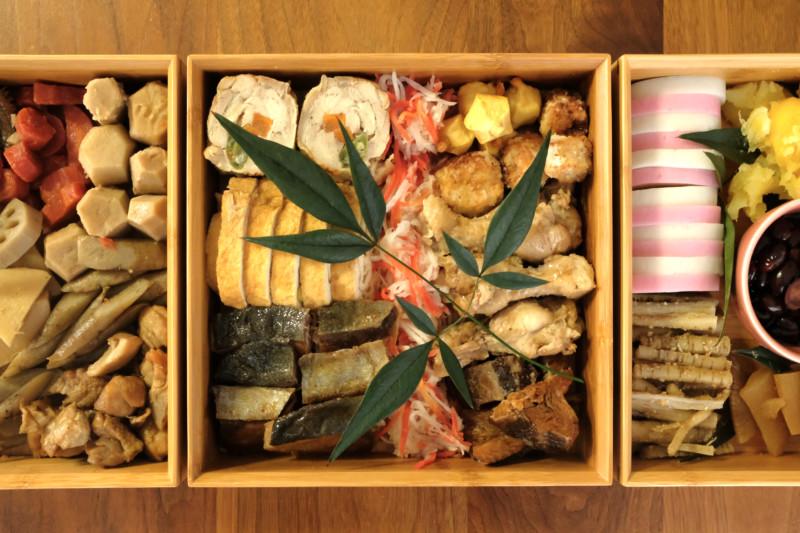 【天然竹製】七寸三段重(みよし漆器本舗)|おせち料理