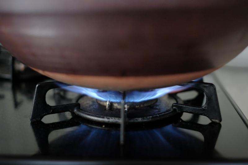 黒釉あかつち土鍋(萬古焼)|最初は強火