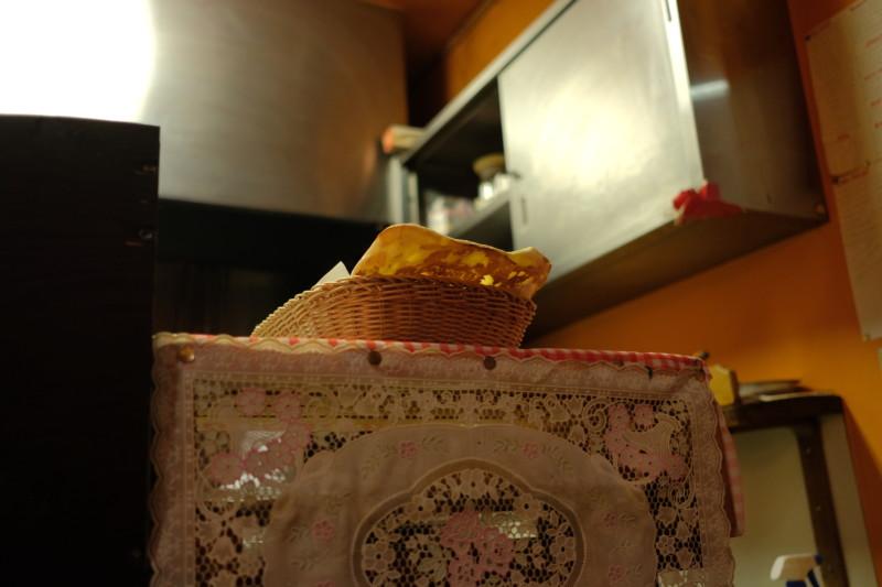 タージマハルエベレスト瀬田店|ナンは注文してから焼く
