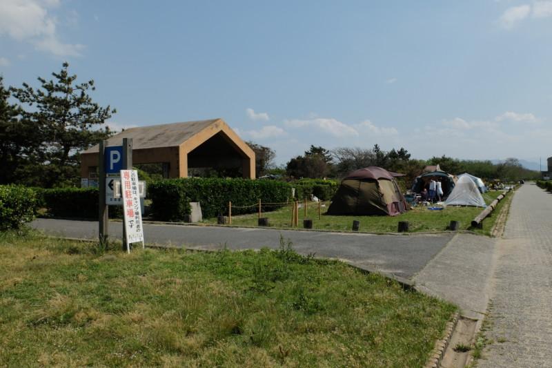 観音寺ファミリーキャンプ場|専用駐車場入口