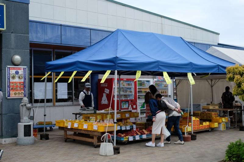 津田の松原サービスエリア(上り)|四国の特産品の店頭販売