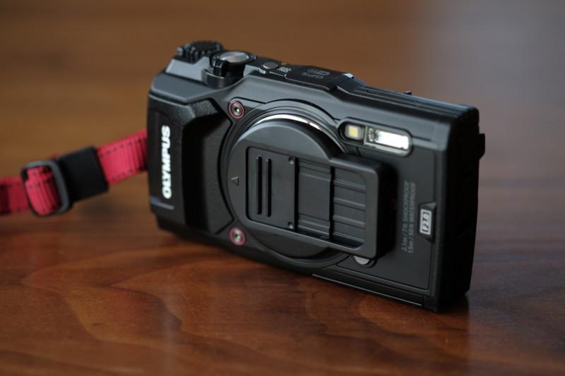 TG-5用UN製レンズプロテクトキャップ|TG-5に装着
