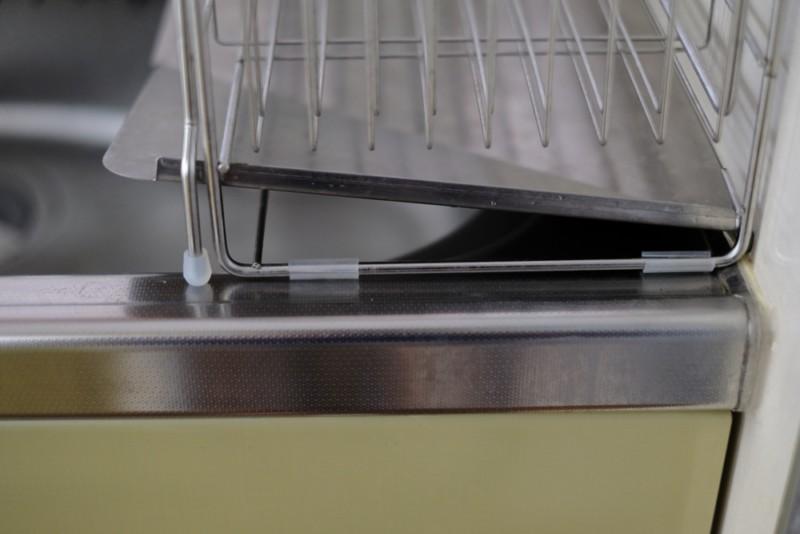 シンクに渡して使える伸縮水切り(ベルメゾン)|