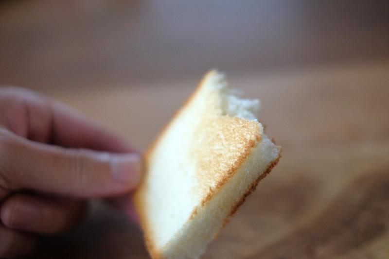 「乃が美(のがみ)」vs「一本堂」|一本堂食パンを焼いた