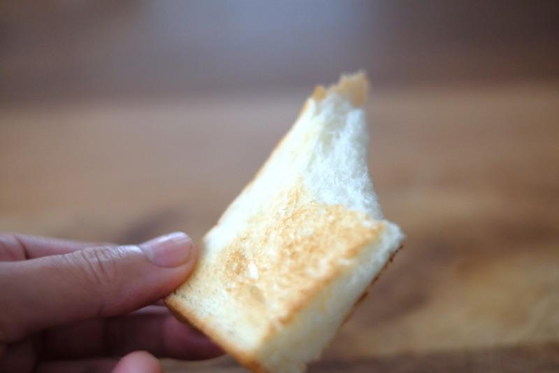 「乃が美(のがみ)」vs「一本堂」|乃が美の食パンを焼いた