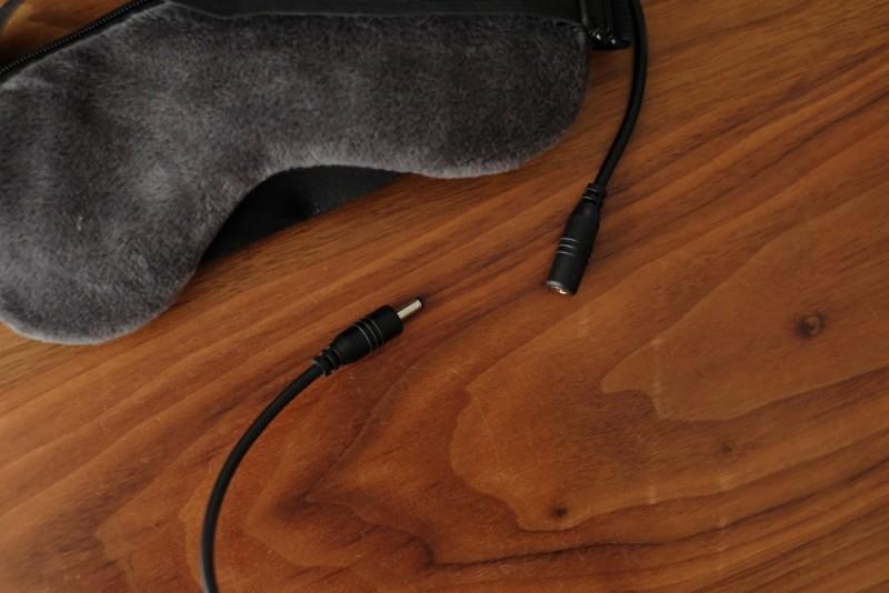USB式ホットアイマスク|コードは分離できる