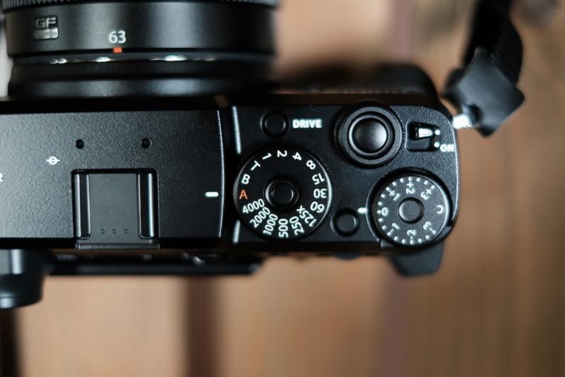 GFX50RとGF63mmF2.8|ダイヤル類