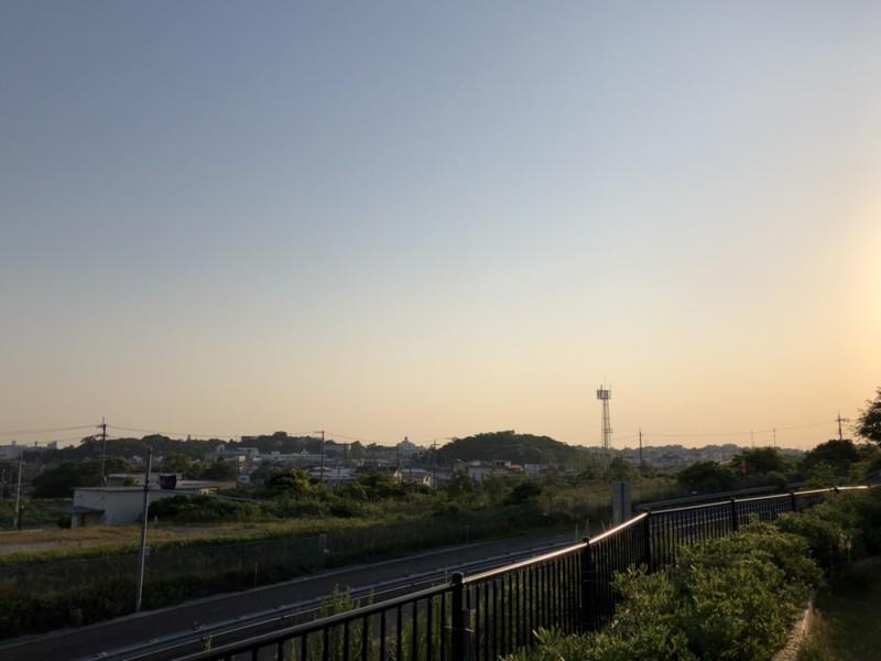 道の駅「みさき夢灯台」|朝日が街を照らす