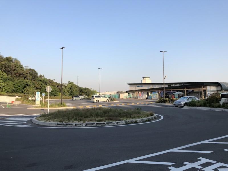 道の駅「みさき夢灯台」|駐車場全景
