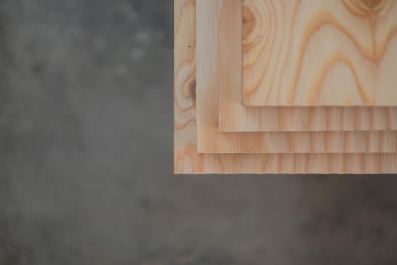 構造用合板1枚で作るiMac用デスク|構造用合板