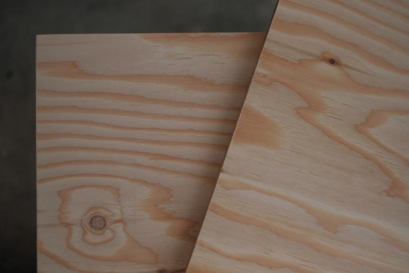 構造用合板1枚で作るiMac用デスク|木目