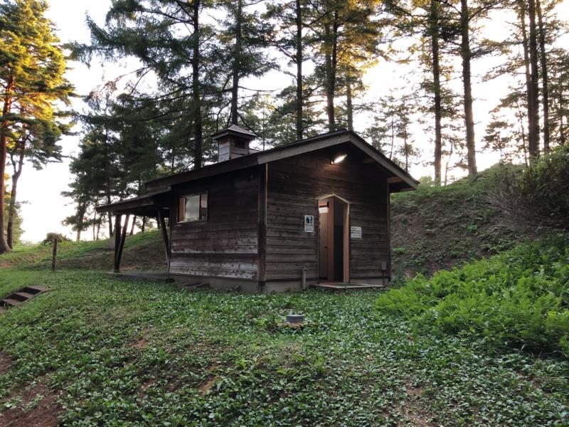 美山公園キャンプ場(新潟・糸魚川市)|トイレ