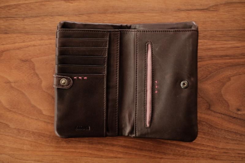 ソフトレザー二つ折り財布(CAMPER)|内側