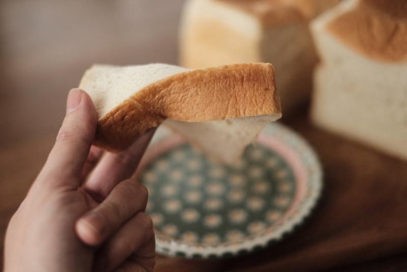 「Bakery 暦(滋賀・信楽)」の食パン|やかずにそのまま