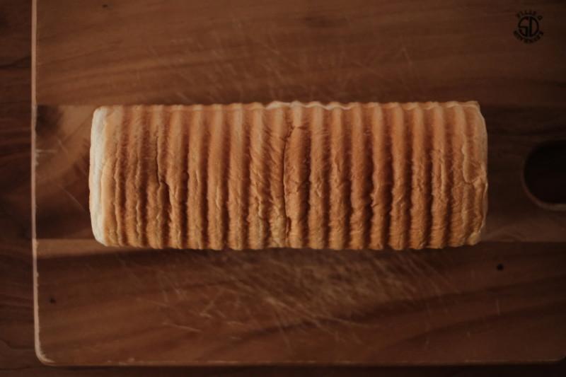 まるい食パン(つるやパン)|