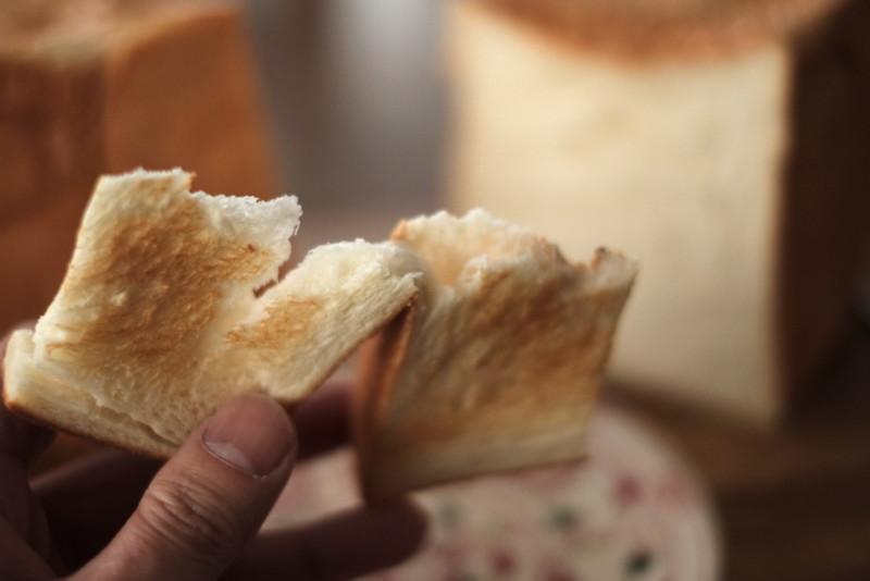 食パンの店「フリブール」(奈良)|ジャンボ食パンのトースト