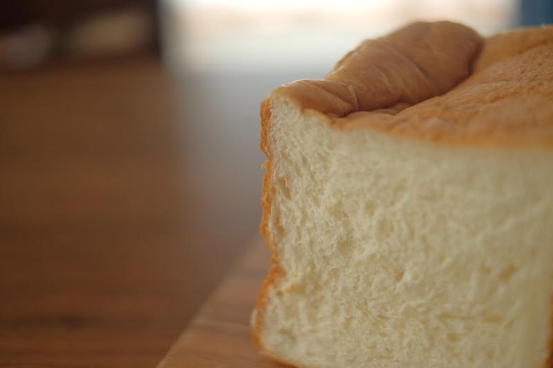 北欧ミルク食パン(バロー)|クラスト(表皮・耳)