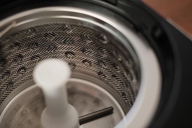 米屋の旨み RCI-B5-W(アイリスオーヤマ)|精米かごのディンブルメッシュ