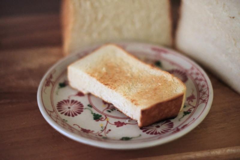 高級食パン専門店「わたし入籍します」(大阪枚方)|トースト