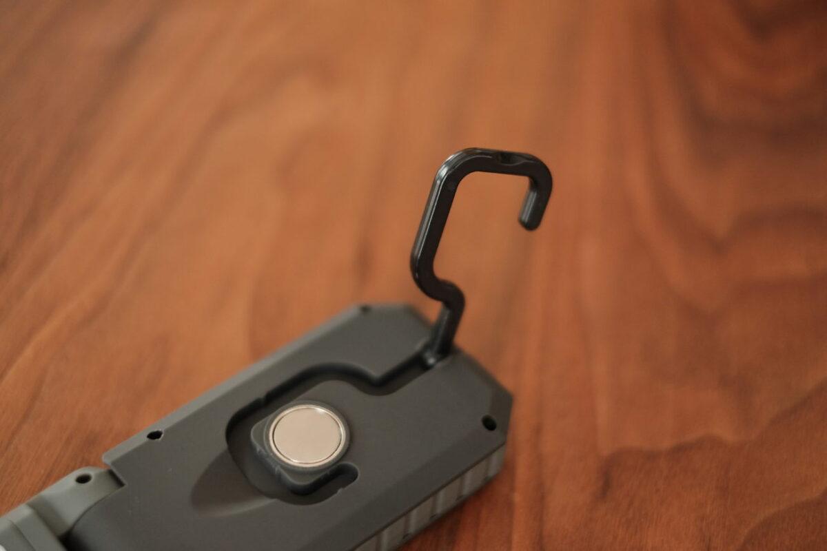 LEDハンディワークライト(カインズ)|フック