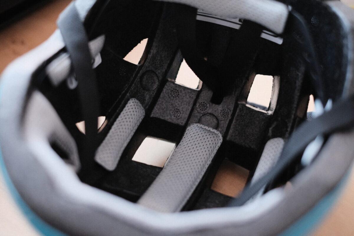 キッズ用スケボーヘルメット|通気孔